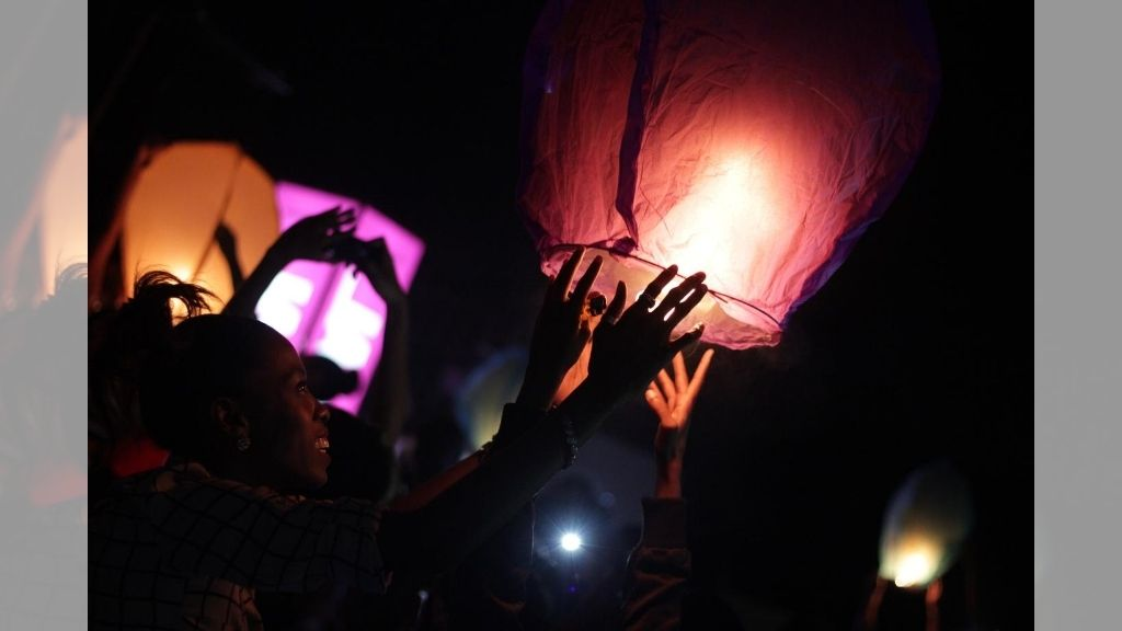 Paper lanterns lit up the sky as patrons celebrated Earth Hour Jamaica - an award-winning climate change initiative.(Photos: Contributed)