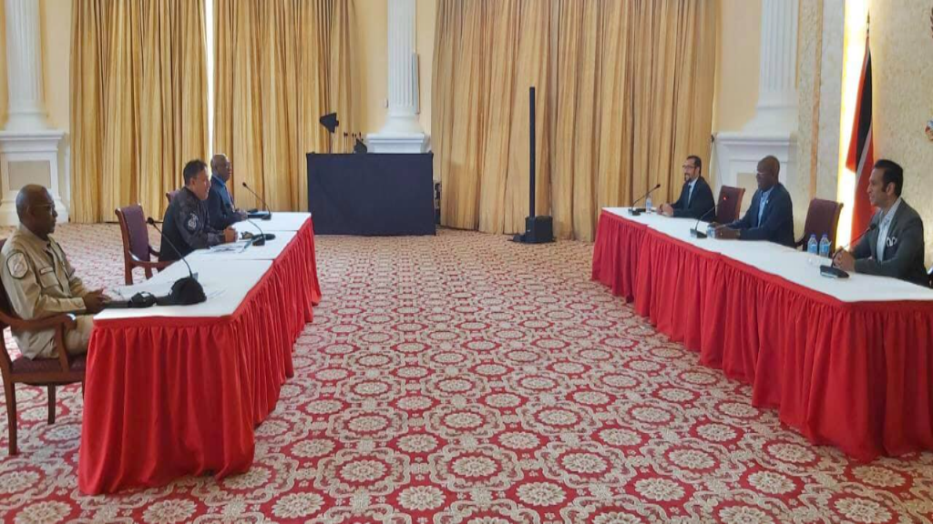 A photo taken by the Office of the Prime Minister during this morning's meeting between senior police officers and government ministers.