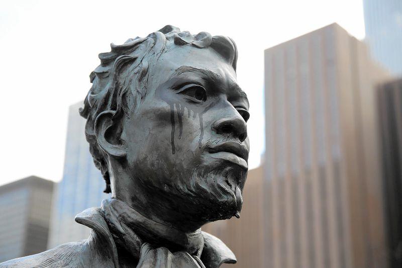 La statue de Jean Baptiste Pointe DuSable, à Chicago. Image: Chicago tribune