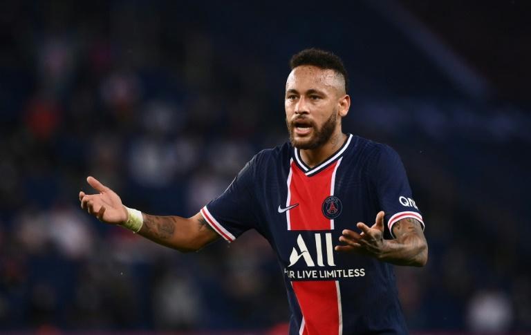 Neymar suspendu pour deux matchs après son échauffourée avec Alvaro