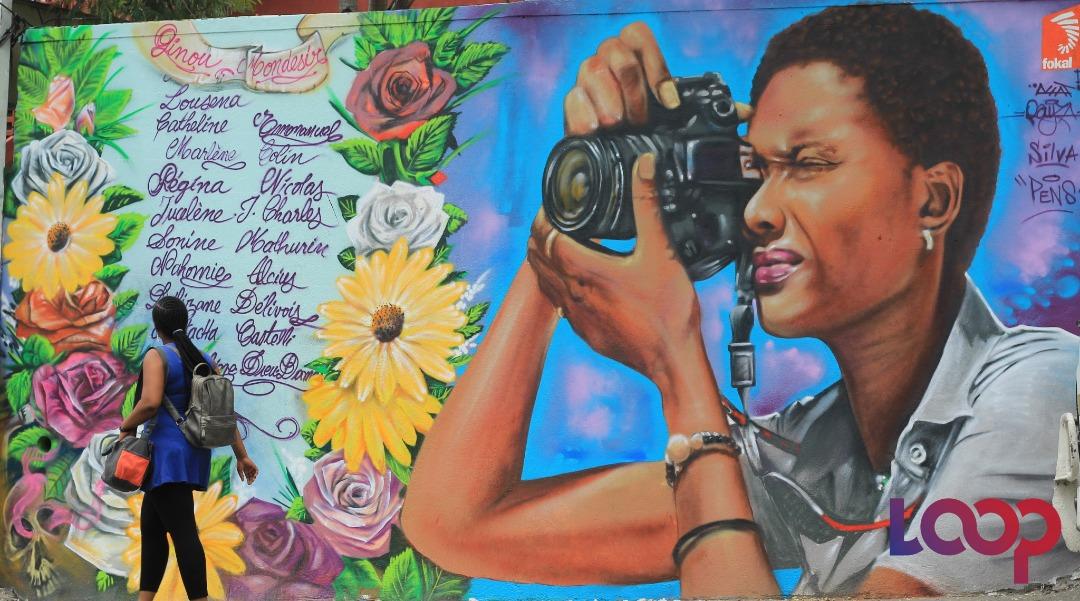 Régina Nicolas,assassinéele 28 avril 2015 par son ex-compagnon,en pleine rue à Port-au-Prince. Photo: Dieula Jean-Louis/ Vidéo: Luckenson Jean