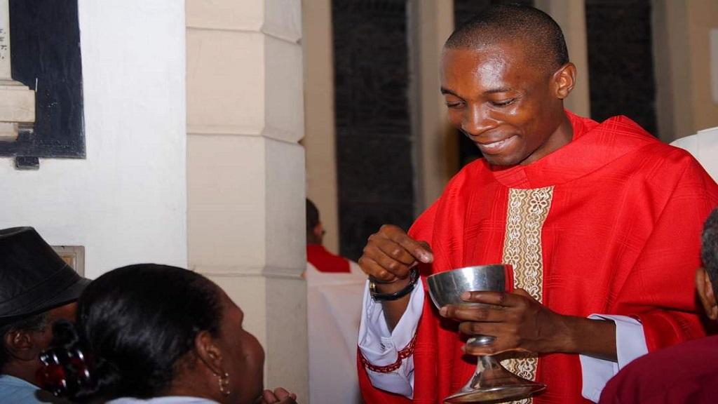 Rev Larius Lewis