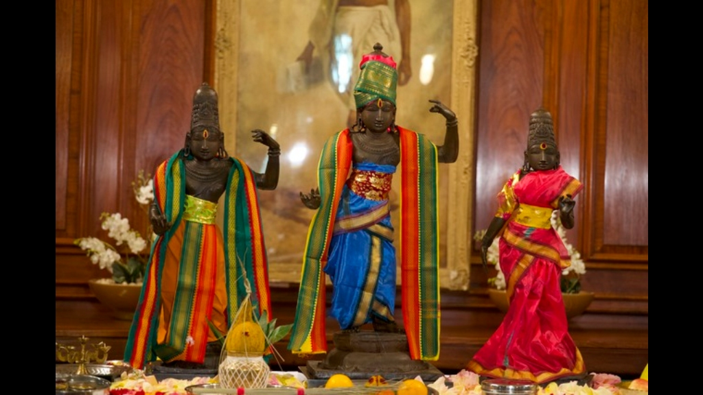 This undated handout photo provided by the Metropolitan Police shows three bronze sculptures, which are being returned to a temple in the Tanjavur District in India. Photo: (Metropolitan Police via AP)