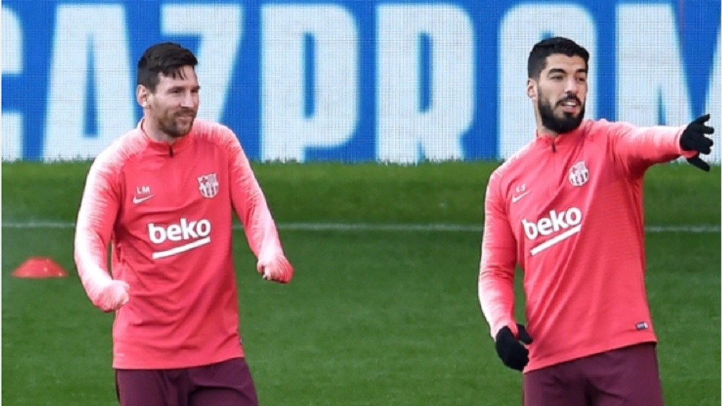 Lionel Messi (left) and Luis Suarez at a training session.