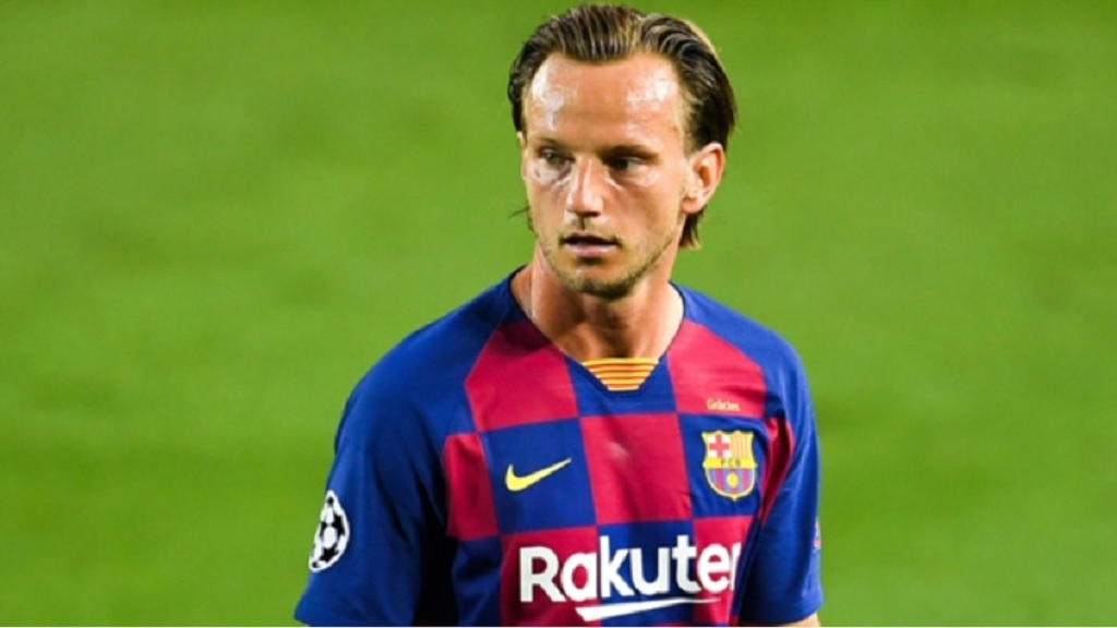 Ivan Rakitic in action for Barcelona.