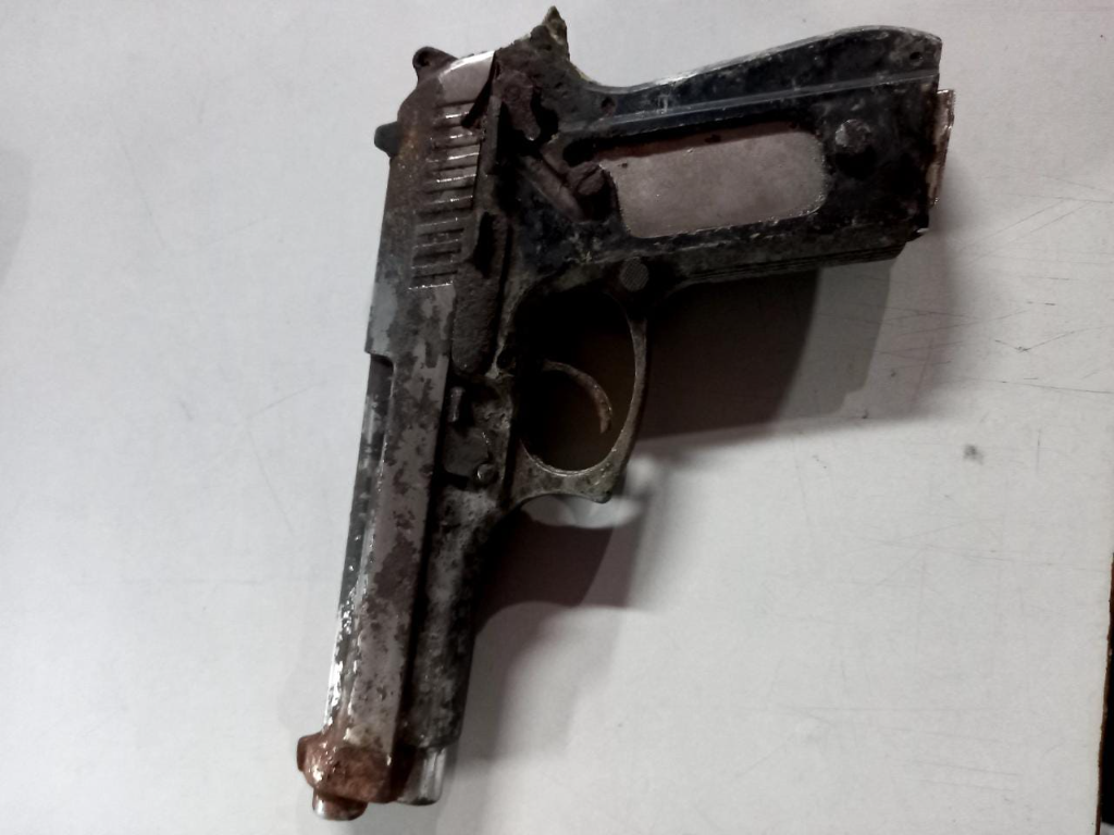 Photo: Gun seized at home of Vistabella couple on October 10, 2020. Credit: Trinidad and Tobago Police Service.