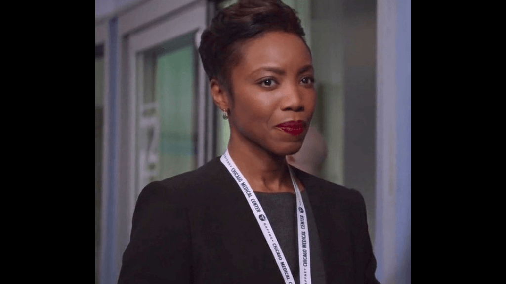 Heather Headley as Gwen Garrett on NBC's drama series Chicago Med. Photo via zimbio.com
