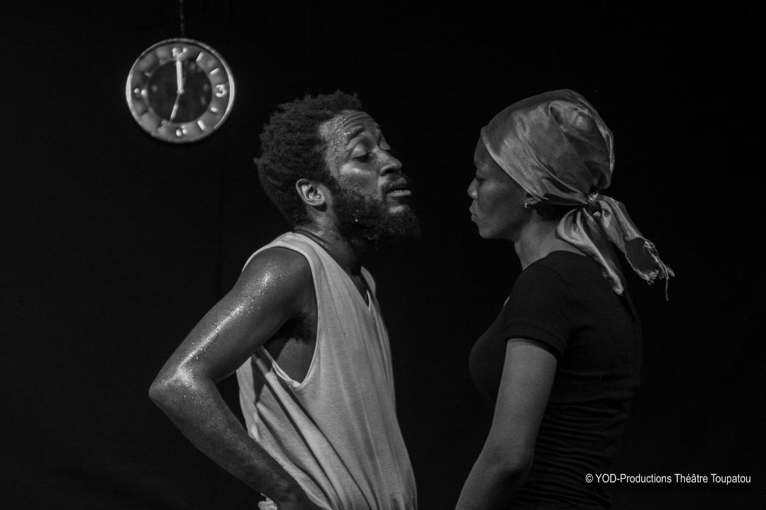 Monsieur (Kenny Laguerre) et Madame interprétée par Abydarlyne Jouth/ Photos: YOD-Productions Théâtre Toupatou