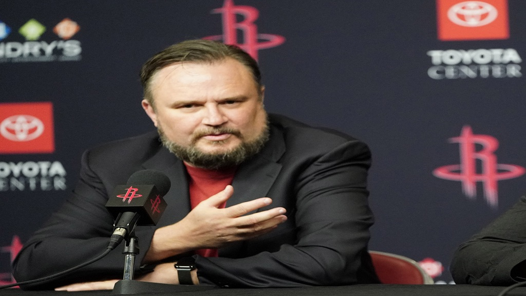 Rockets GM Morey stepping down