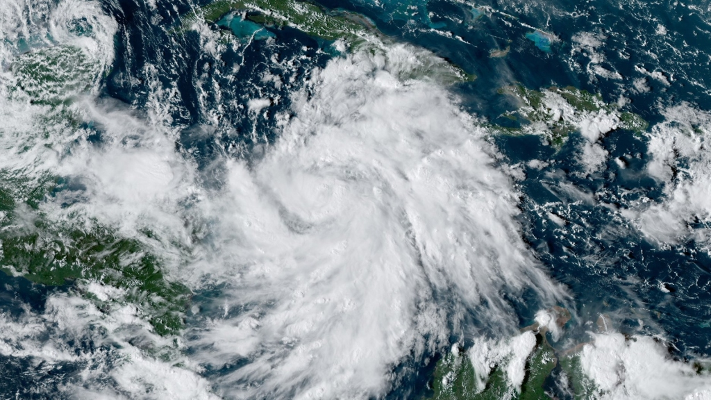 Photo: National Hurricane Centre