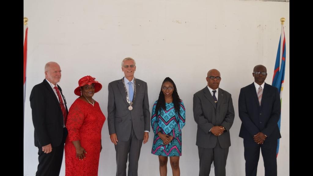 Statia's new Island Council. From left to right: Koos Sneek (DP), Adelka Spanner (DP), Government Commissioner Marnix van Rij, Rechelline Leerdam (PLP), Clyde van Putten (PLP) and Reuben Merkman (PLP). Photo: Government of St Eustatius .