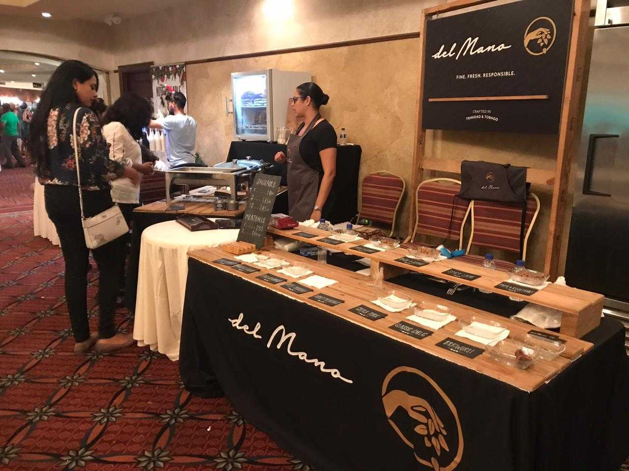 Del Mano table at Bits and Pieces 2019.