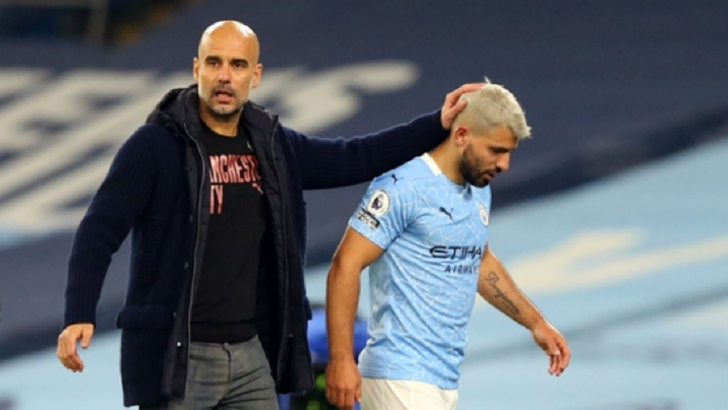 Pep Guardiola (left) and Sergio Aguero.