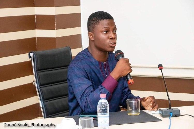 Junior Natabou/ Photo prise sur le compte Facebook du jeune entrepreneur
