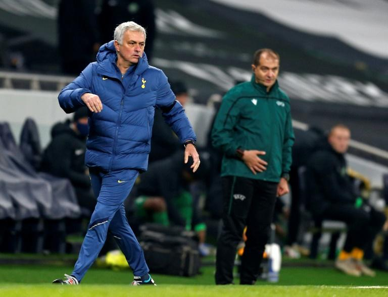 L'entraîneur portugais de Tottenham, José Mourinho, lors du match de groupes de la Ligue Europa face à Ludogorets, à Londres, le 26 novembre 2020 Ian KINGTON POOL/AFP/Archives