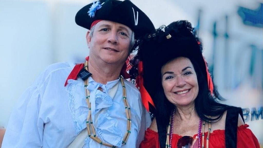 Two of Loop's picks for best pirate costumes last year