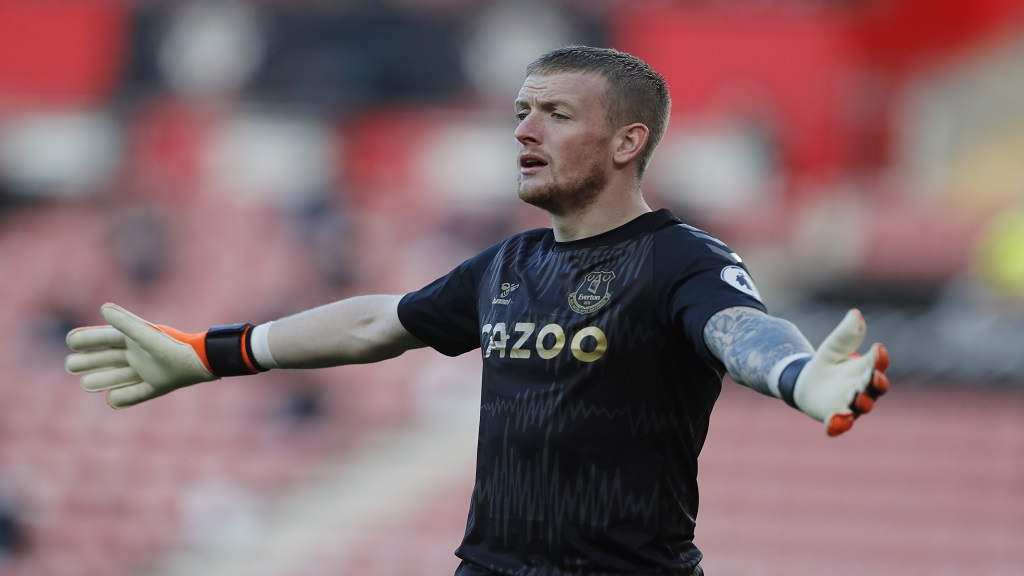 Everton's goalkeeper Jordan Pickford reacts during an English Premier League football match against Southampton at the St. Mary's stadium in Southampton, England, Sunday Oct. 25, 2020. (AP Photo/Frank Augstein, Pool).