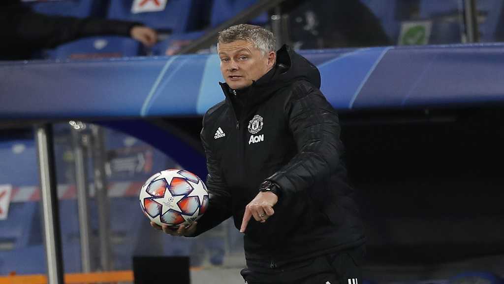 Manchester United's manager Ole Gunnar Solskjaer gives instructions from the side line during the Champions League group H football match against Istanbul Basaksehir at the Fatih Terim stadium in Istanbul, Wednesday, Nov. 4, 2020. (AP Photo).