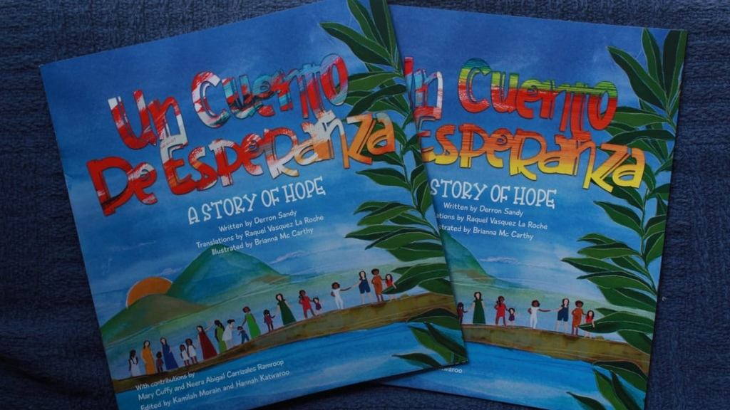 A Story of Hope or Un Cuento de Esperanza is a bilingual children's book that describes the experiences of migrants in T&T. Photo courtesy PADF.