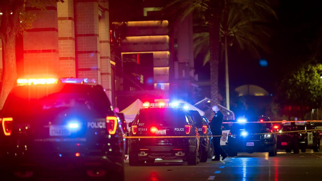 Sacramento Black Friday shooting: 2 teens killed at California mall