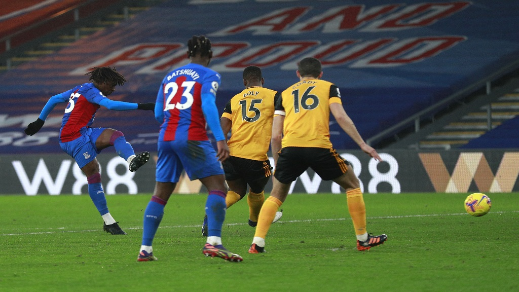 Crystal Palace boss Hodgson hails matchwinner Eze: He'll keep improving
