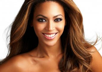"""In zowel de categorie voor """"Video of the year"""" als """"Best Female R&B/Pop Artist"""" moet Beyoncé het opnemen tegen haar eigen zusje Solange"""