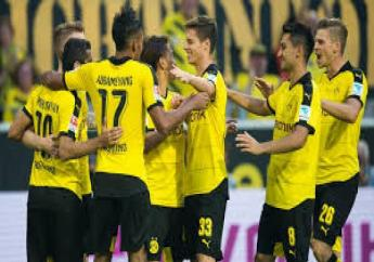 ate penalties from Marco Reus and Pierre-Emerick Aubameyang earned Borussia Dortmund automatic Champions League qualification.