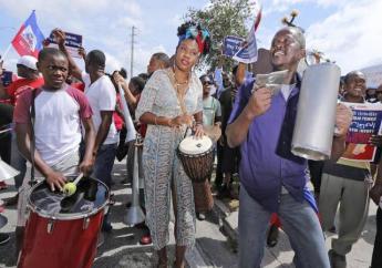 Les manifestants lors d'un rassemblement ce samedi  Crédit photo: Miami Herald