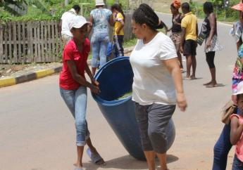 Quarrie Hill residents work on Labour Day.