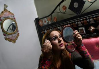 Farzana Riaz milite en faveur des droits de la communauté khawajasiras (un terme qui au Pakistan englobe les transsexuels, les travestis et les eunuques)