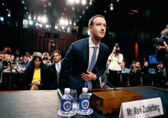 """""""J'ai discuté avec M. Zuckerberg de la possibilité d'une retransmission en direct sur internet de cette rencontre. Je suis heureux d'annoncer qu'il a accepté cette nouvelle demande"""", a annoncé le président du Parlement européen, Antonio Tajani. (crédit photo : AFP)"""