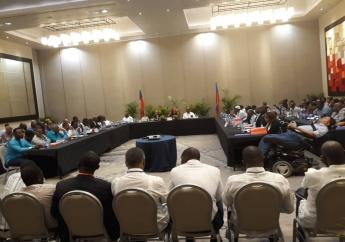 Des membres de l'opposition, lors de la signature de l'accord Marriott. Photo archives.