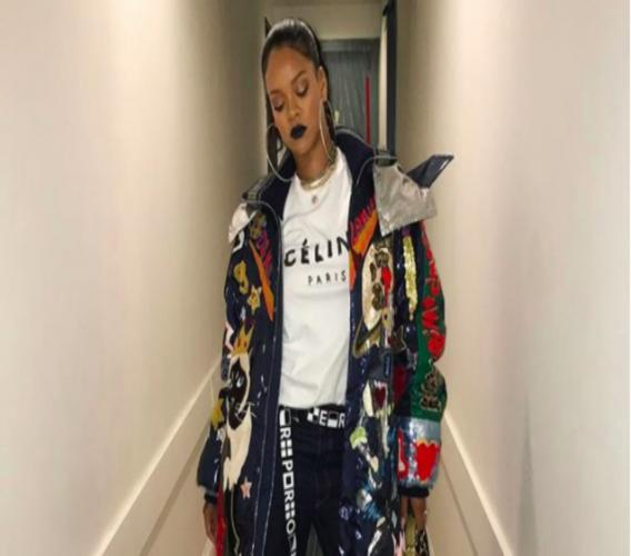 Rihanna (Source: @Badgalriri Instagram)