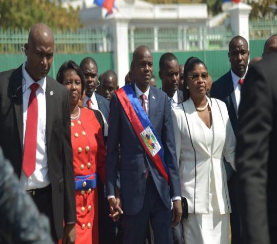 18 fonctionnaires demis de leur fonction au Palais national. Photo. Yahoo.com