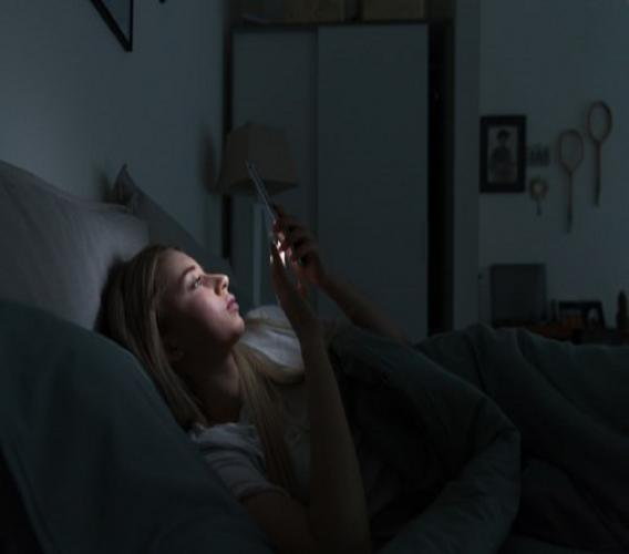 A study shows that limited screen time reverses sleep disorder in teens.