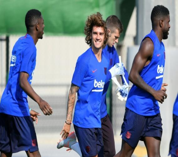 Le nouvel attaquant de Barcelone Antoine Griezmann lors de sa première séance d'entraînement avec le club catalan le 15 juillet 2019 à Barcelone