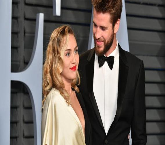 Miley Cyrus a répondu aux rumeurs l'accusant d'avoir trompé l'acteur Liam Hemsworth, dont elle a récemment divorcé. [Dia Dipasupil / GETTY IMAGES NORTH AMERICA / AFP]