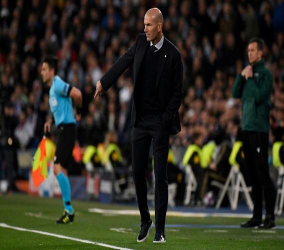 L'entraîneur français du Real Madrid, Zinédine Zidane, lors du 8e de finale aller de la Ligue des champions face à Manchester City, à Madrid, le 26 février 2020