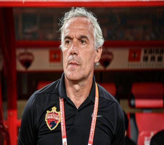 Roberto Donadoni, l'entraîneur italien du club chinois du Shenzhen FC, le 29 octobre 2019 à Shenzhe