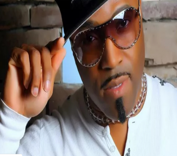 Teddy Riley, who was in Trinidad for Carnival, told Swizz Beatz he hoped to see T&T featured on Verzuz