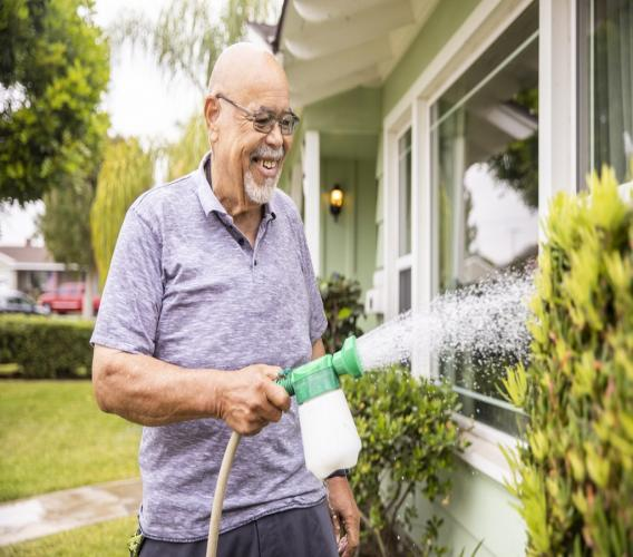No water, no problem, tips for dry gardening, recycling water. (iStock photo)