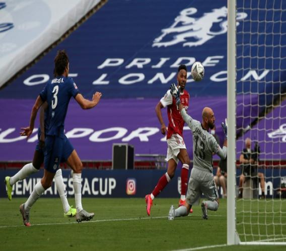 L'attaquant gabonais d'Arsenal, Pierre-Emerick Aubameyang, auteur d'un doublé lors de la finale de la Coupe d'Angleterre contre Chelsea, à Londres, le 1er août 2020 afp.com - Adam Davy