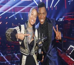 Chris Blue et son coach Alicia Keys