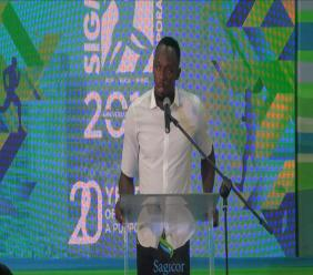 Olympian Usain Bolt addresses audience members at the launch of the 2018 Sagicor Sigma 5K corporate Walk/Run.