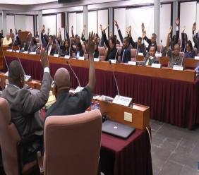 Een wetsvoorstel wordt in stemming gebracht in de Nationale Assemblee. Loop Archief.