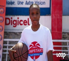 Shakira Pierre, 15 ans, participante / Photos et vidéo: Estailove St-val / Loop Haiti