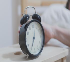 (File image of alarm clock via Pexels)