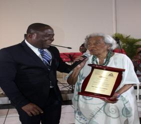 Odette Roy Fombrun, éducatrice, historienne. (créédit photo : @MEducationHaiti)