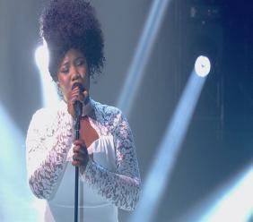Yama Laurent à La Voix. Photo: Showbizznet