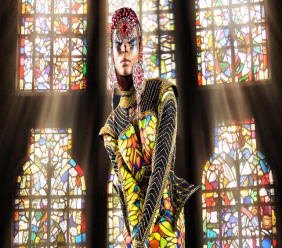 The section debuted is Spero (latin for Hope). This particular wardrobe piece is inspired by St. Joan of Arc and the Hundred Years' War, with the garment having a crusade-like underpinning. The fabrics prints used in many of the sections mirror that of a stained glass.